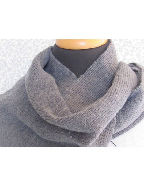 Knitted Scarf - Grey